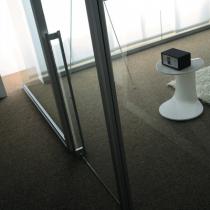 09 Porta scorrevole vetro